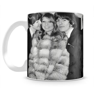 George Harrison and Pattie Boyds wedding with Paul McCartney Mug - Canvas Art Rocks - 2
