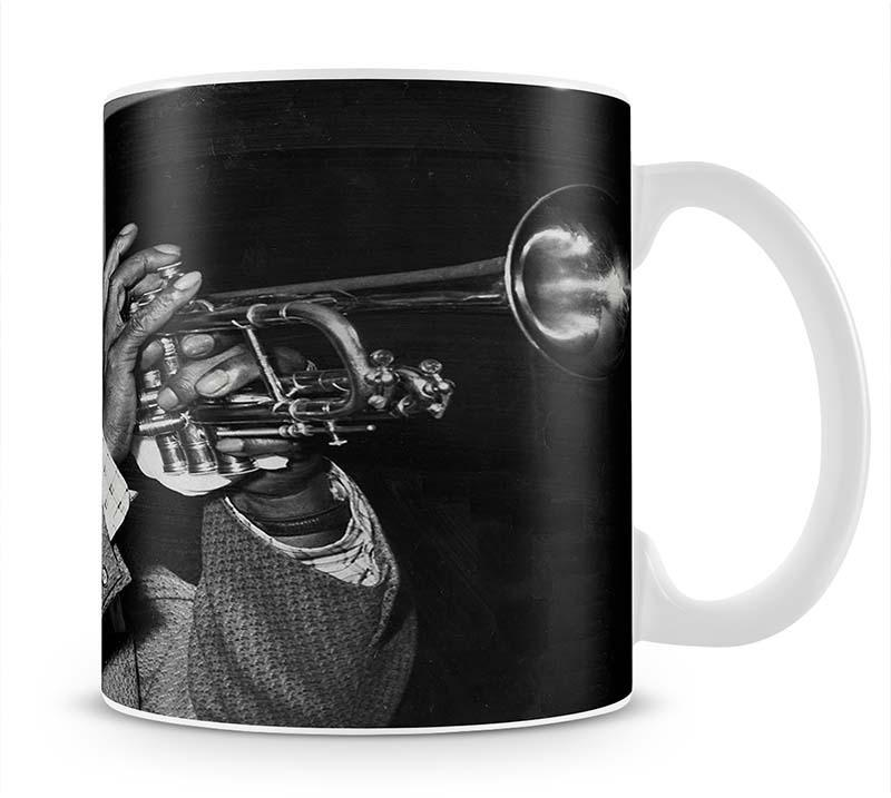 Louis Armstrong plays Cup - Canvas Art Rocks - 1