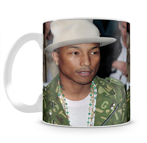 Pharrell Williams in a hat Mug - Canvas Art Rocks - 2