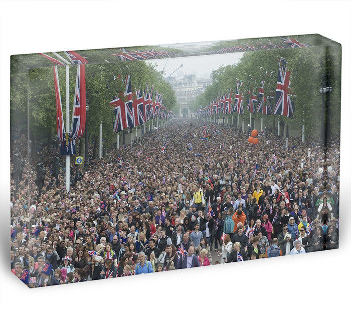Prince William and Kate crowds for their wedding on The Mall Acrylic Block