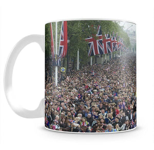 Prince William and Kate crowds for their wedding on The Mall Mug - Canvas Art Rocks - 2