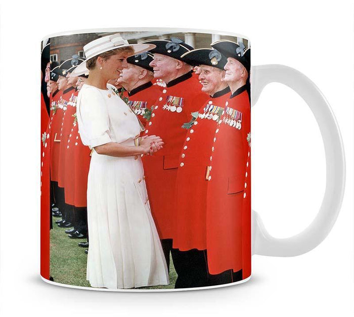 Princess Diana meeting pensioners at Royal Hospital Chelsea Mug