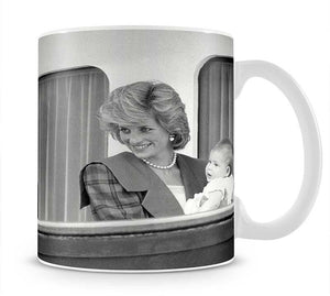 Princess Diana with family aboard the Royal Yacht Britannia Mug - Canvas Art Rocks - 1