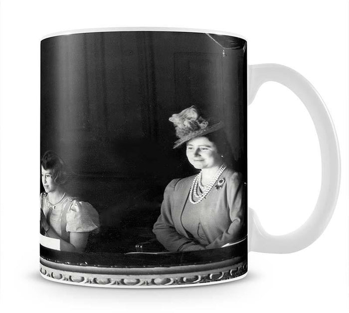 Queen Elizabeth II with her parents entranced viewing the stage Mug