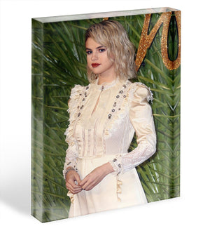 Selena Gomez in white Acrylic Block - Canvas Art Rocks - 1