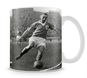 Stanley Matthews playing football Mug - Canvas Art Rocks - 1