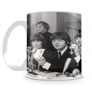The Beatles at a press conference with their MBEs Mug - Canvas Art Rocks - 2