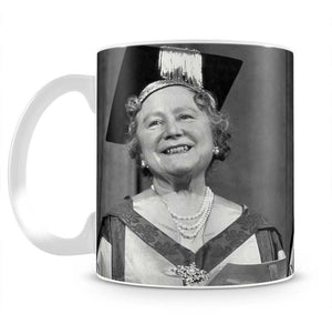The Queen Mother with her honorary music degree Mug - Canvas Art Rocks - 2