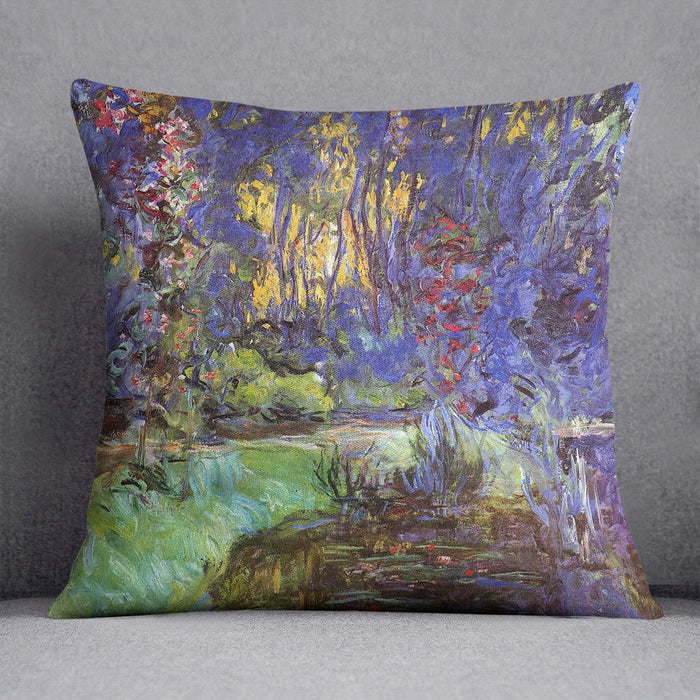 The garden in Giverny by Monet Throw Pillow