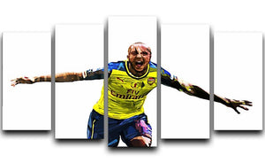 Theo Walcott Cup Final Goal 5 Split Panel Canvas  - Canvas Art Rocks - 1