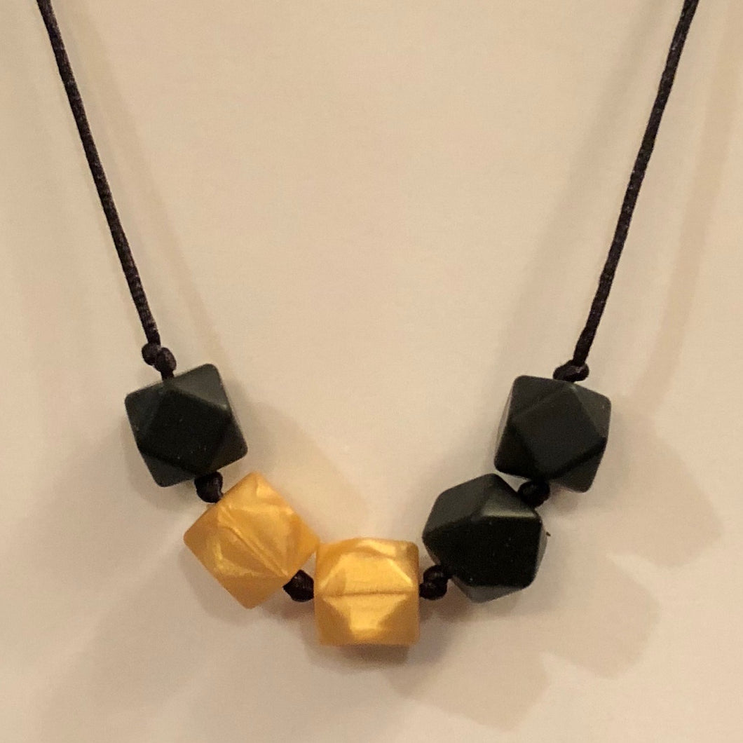 5th Down Teething Necklace - Black & Gold