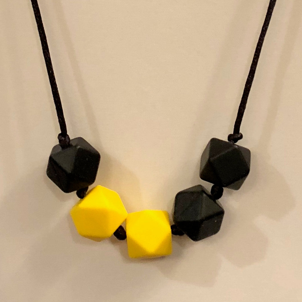 5th Down Teething Necklace - Black & Yellow