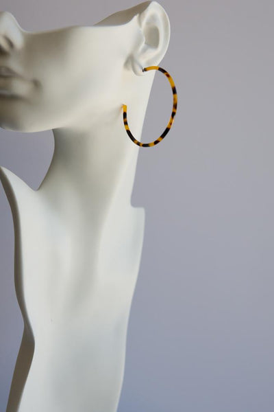 Tortoise Shell Hoop Earrings (Thin)