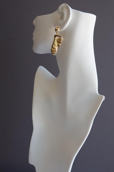 Gold Abstract Face Sculpture Earrings - Wynter Bloom