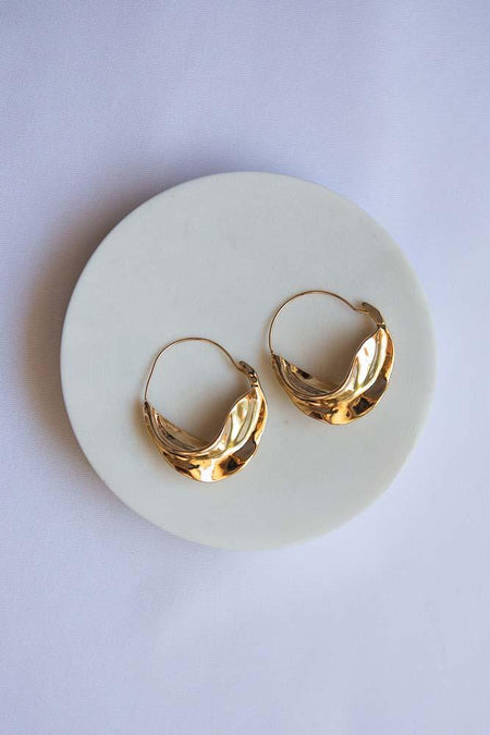 Gold Interlocking Link Earrings