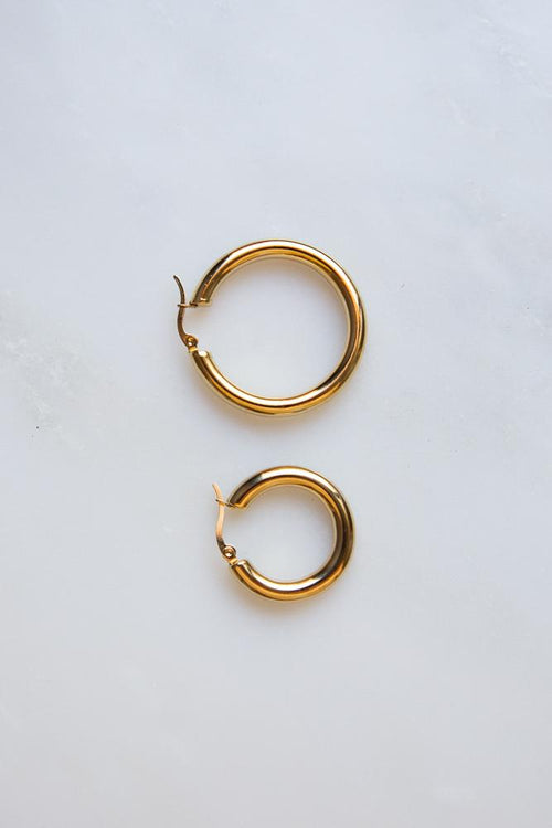 Bold Chunky Hoop Earrings (Gold) - Wynter Bloom