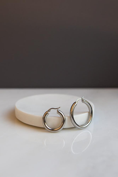 Bold Chunky Hoop Earrings (Silver) - Wynter Bloom
