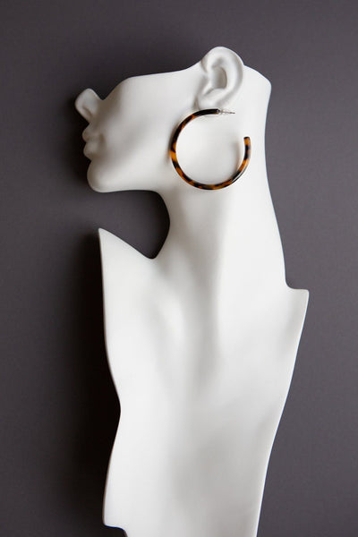 Large Tortoise Hoop Earrings - Wynter Bloom