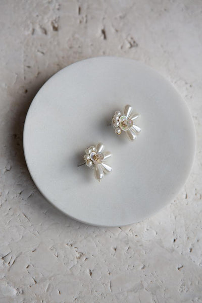 Pearl Flower Earrings - Wynter Bloom