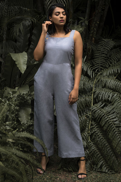 Sleeveless Jumpsuit with Embroidery