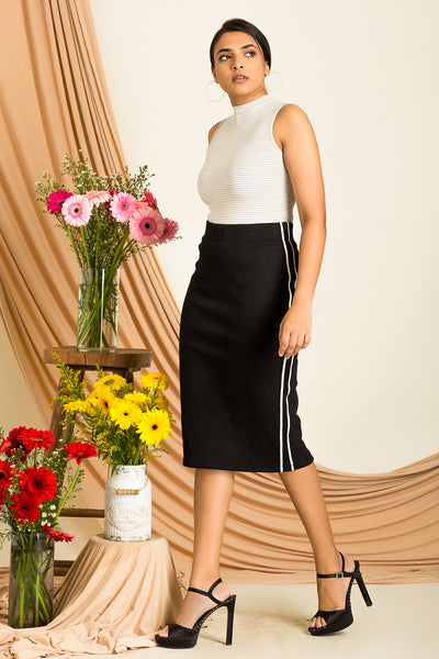 Striped Side Taped Ribbed Skirt
