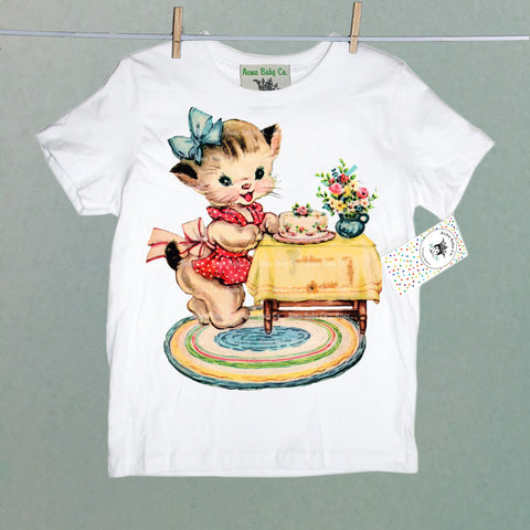 Kitsch Kitten with Cake Organic Children's Shirt