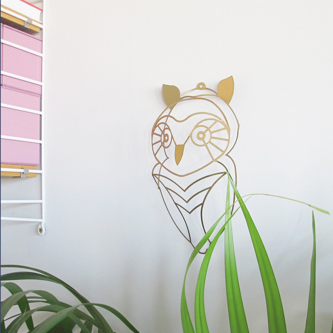 Owl to hang on the wall | Wall Decor ShapeMixer