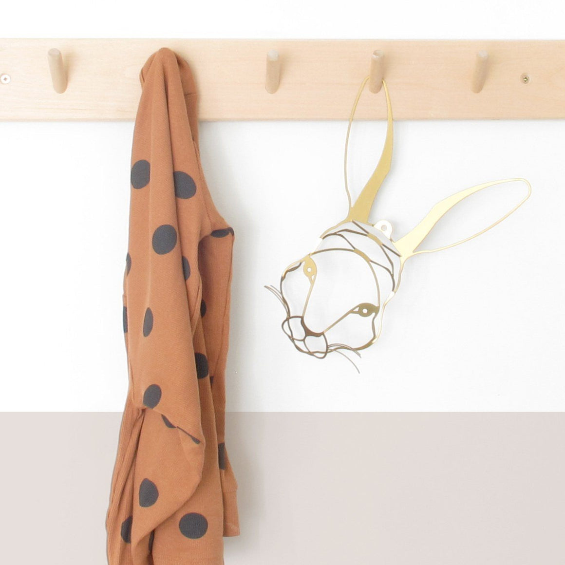 Pack of two Rabbit & Raccoon Heads to hang on the wall | Wall Decor ShapeMixer