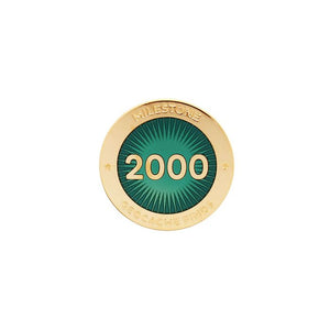 Gold pin for 2000 finds in dark green