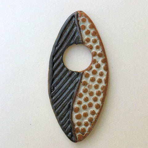 Abstract Focal Bead Black & White Marque