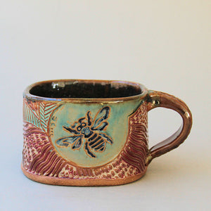 bumble bee soup mug