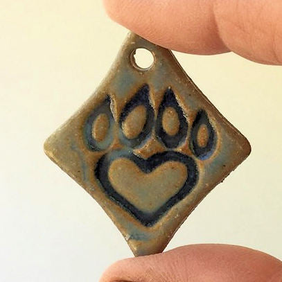 Paw Print Bead Diamond