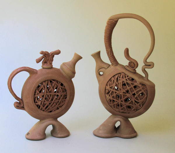 Sculptural Tea Pot 71118