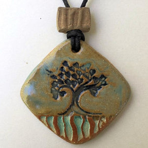 Joshua Tree Oil Diffuser Pendant Diamond Shape