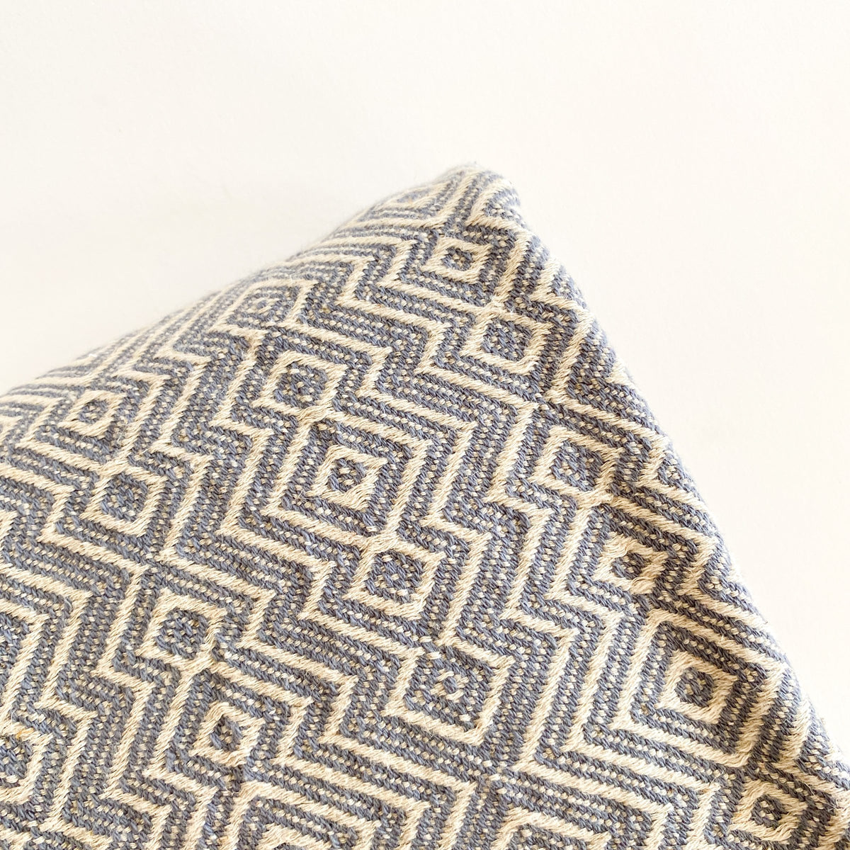 Elyse 100% Turkish Cotton Throw Blanket
