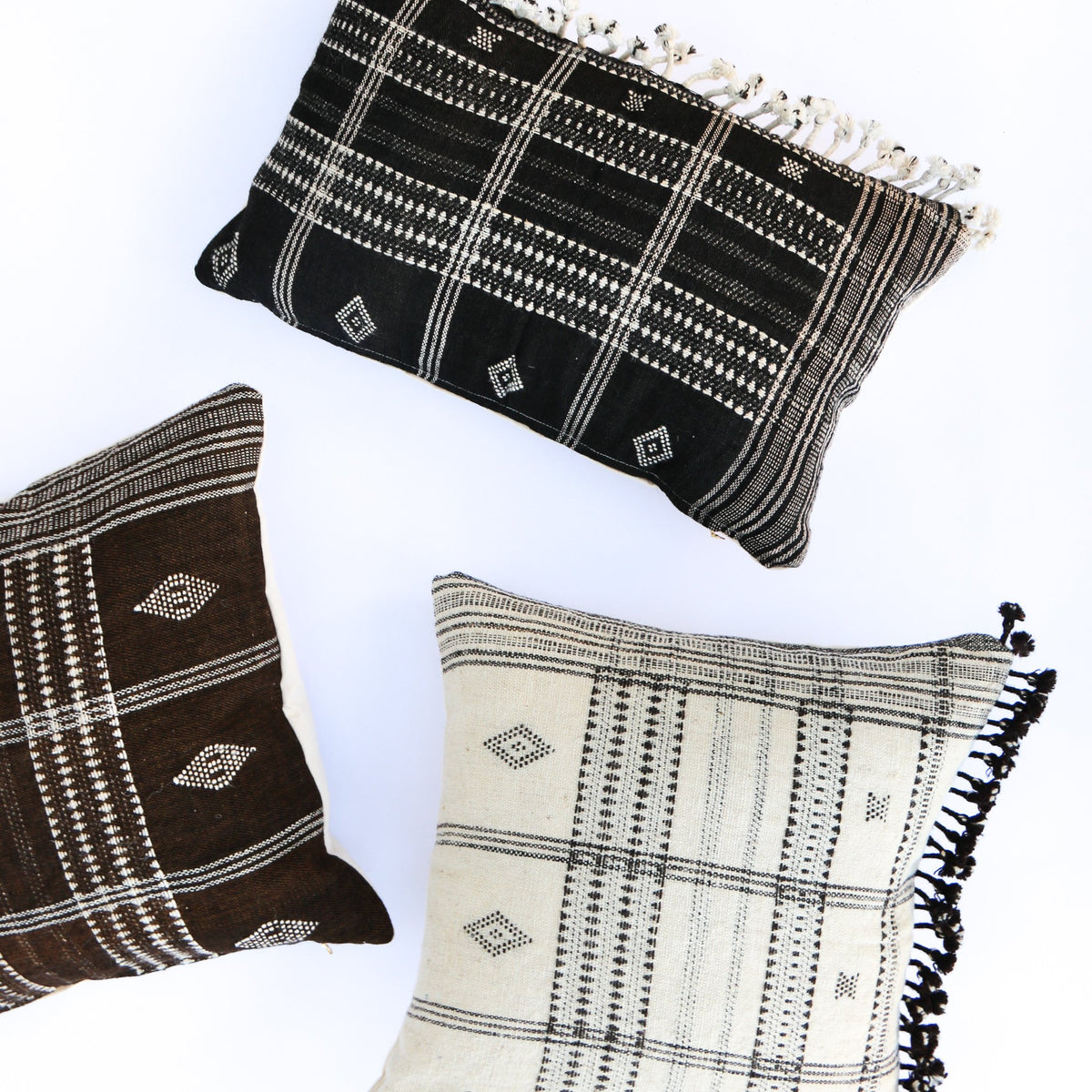 Elvin Indian Handwoven Wool Pillow Cover With Fringes