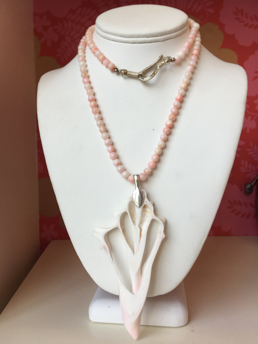 Coral Pendent Necklace