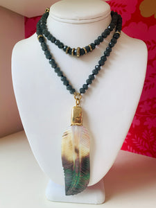 Mother of Pearl Feather Pendent Necklace