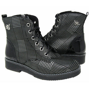 514 Boot Black and White Plaid