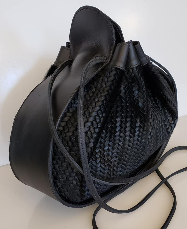 Ashley Drawstring Bag Black/Woven Black