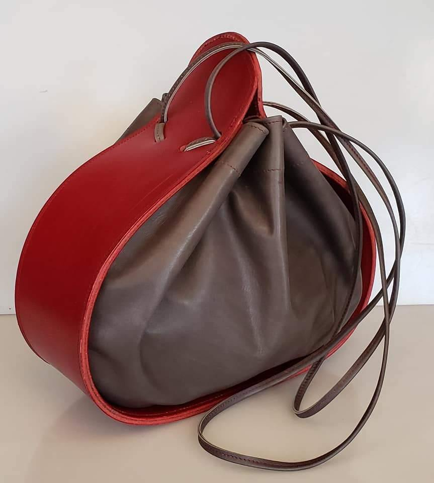 Ashley Drawstring Tote Red/Dark Taupe
