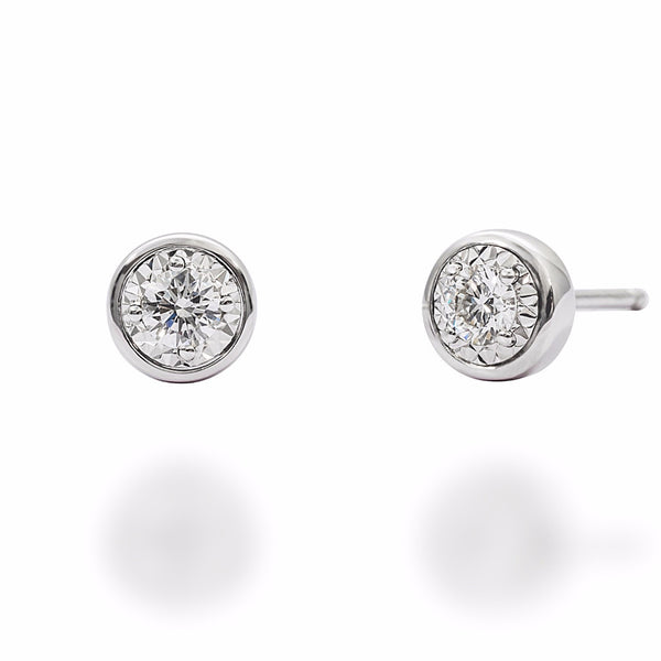 FLARE EARRINGS IN 18K WHITE GOLD LINING