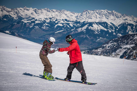 Find Out Which Is Easier Snowboarding Or Skiing ?