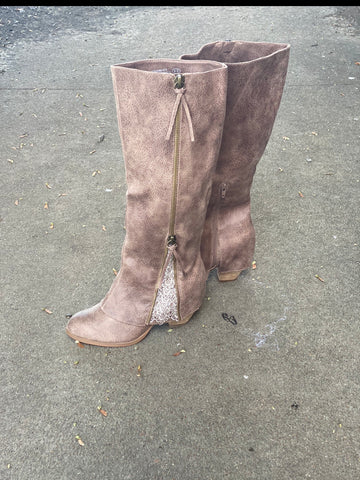Feeling Sassy & Southern Taupe Boot