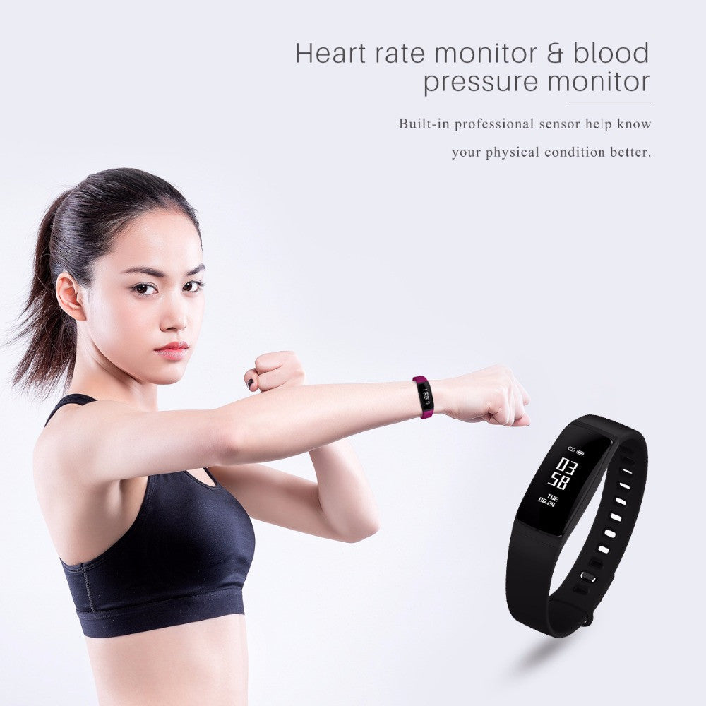 Waterproof Bluetooth Fitness Watch. Heart Rate Monitor with Remote Camera