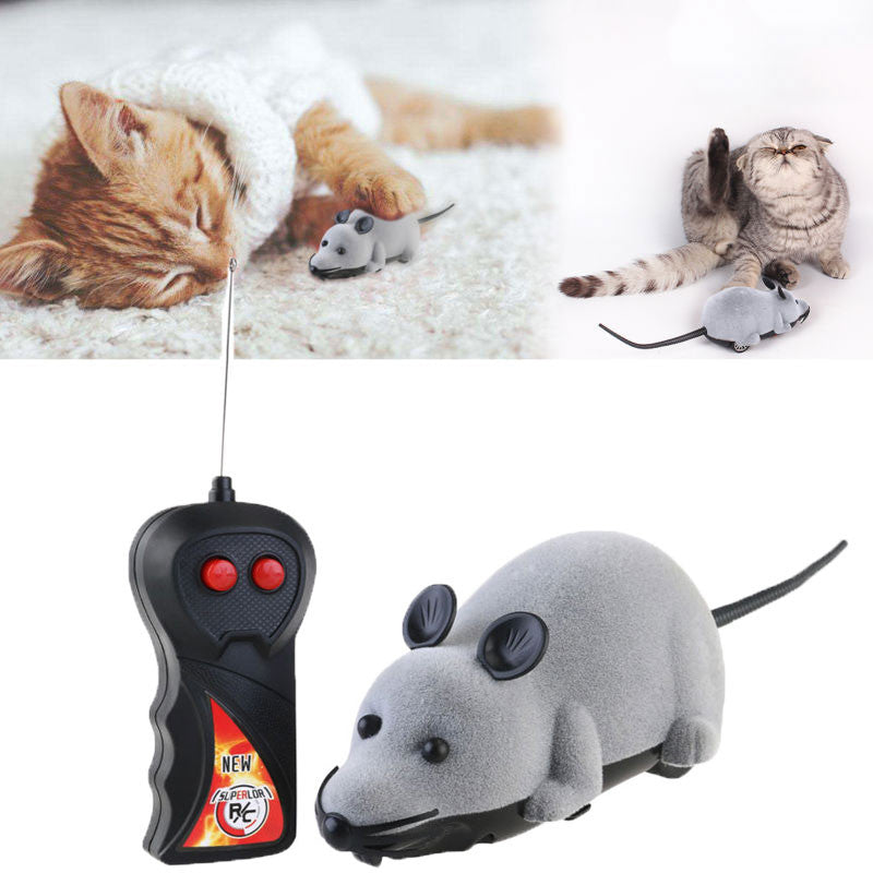 Fun exercise for your cat. Wireless Remote Controlled Plush Mouse Chase Toy (Gray)