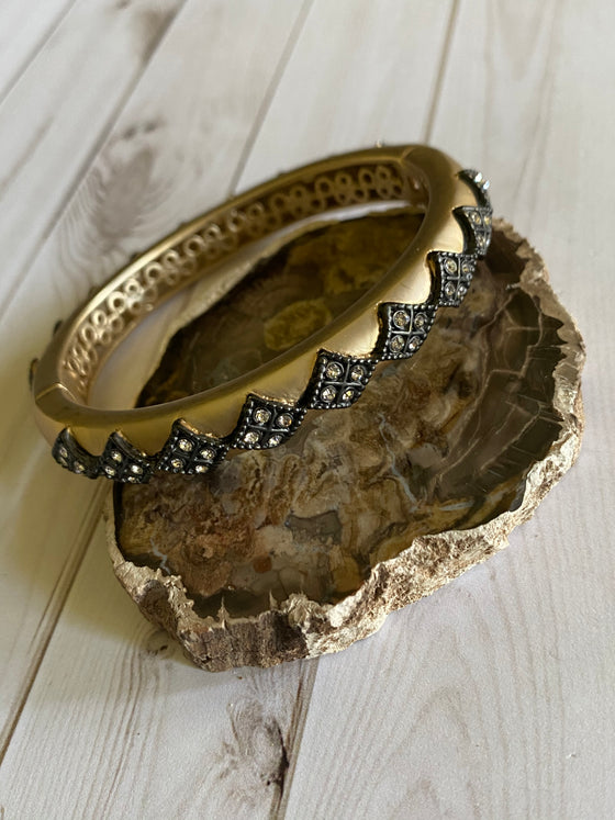 Ulka Rocks - Shiloh bracelet - gold diamond row