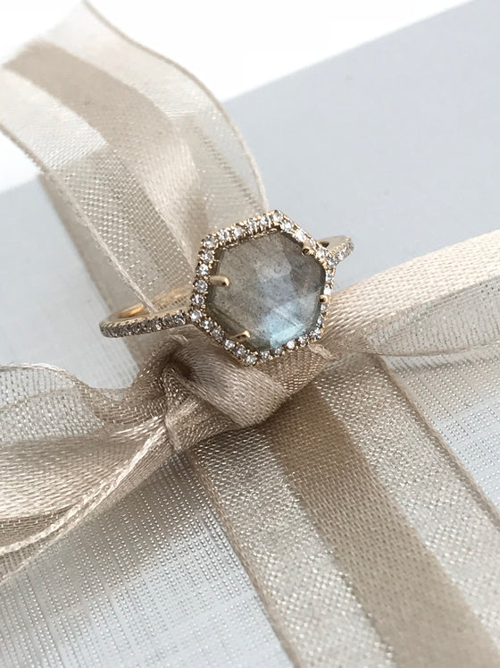 14k gold diamond AAA labradorite ring