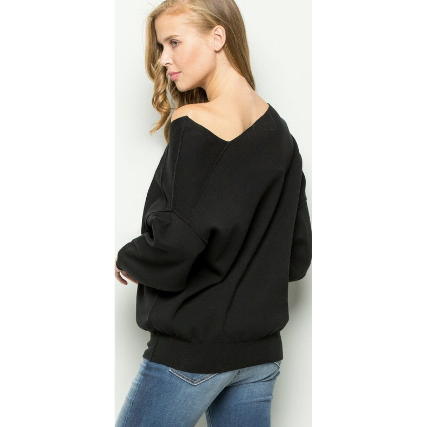 Cuddle Up Sweater - Black