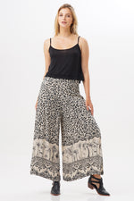 Long Pants Buena Leopard Savana
